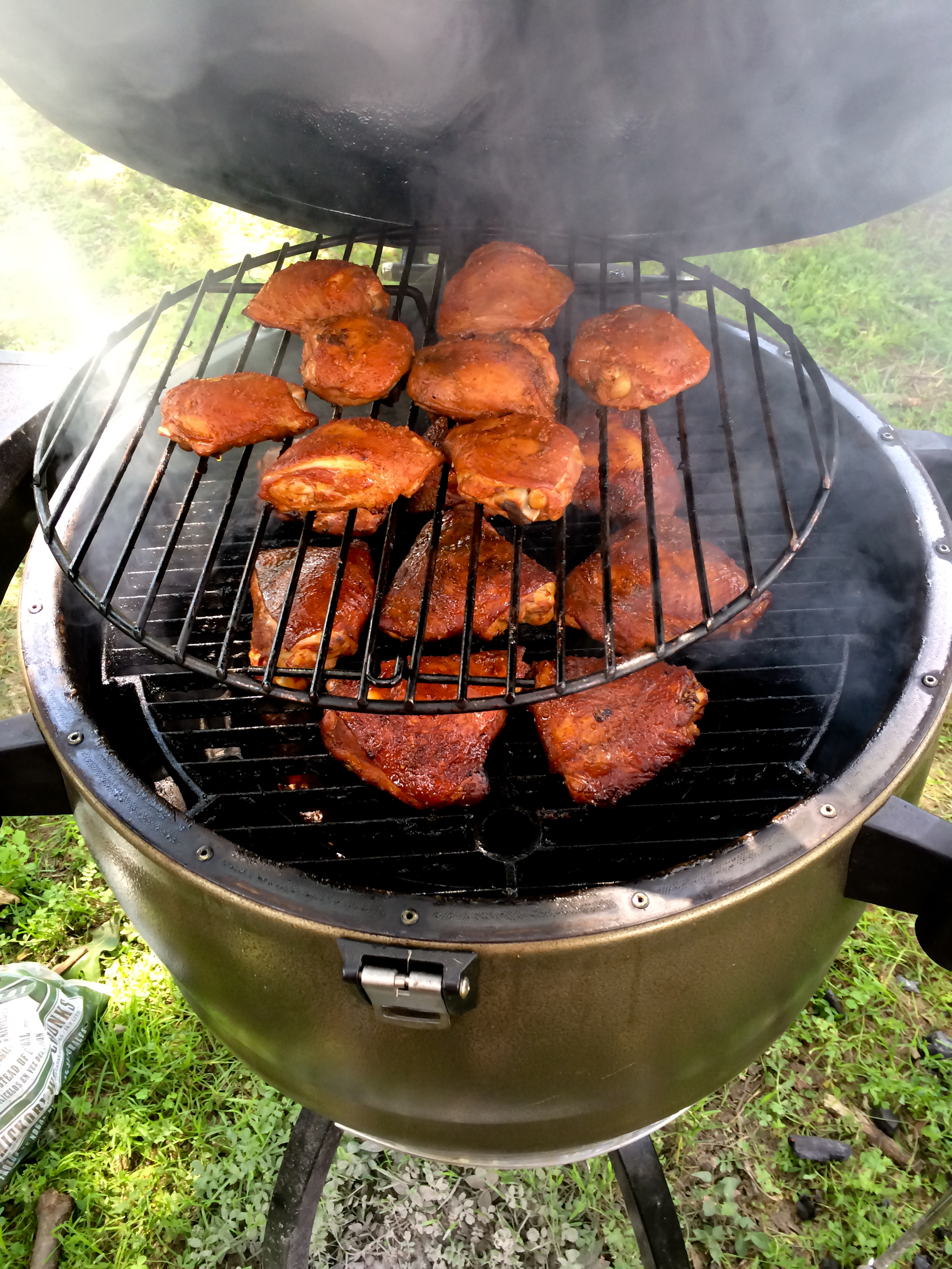 Chicken Thighs on the Broil King Keg